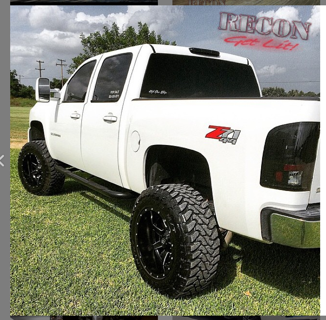 Chevy Silverado Single-Wheel 07-13 & Dually 07-14 & GMC Sierra 07-14 Tail Lights LED in Smoked