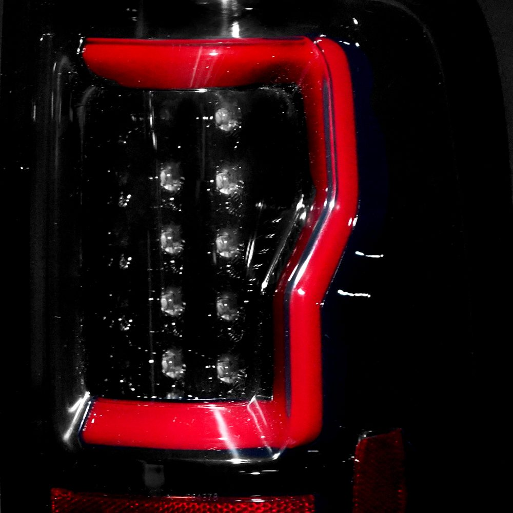 Ford F150 04-08 Straight Tail Lights OLED in Smoked