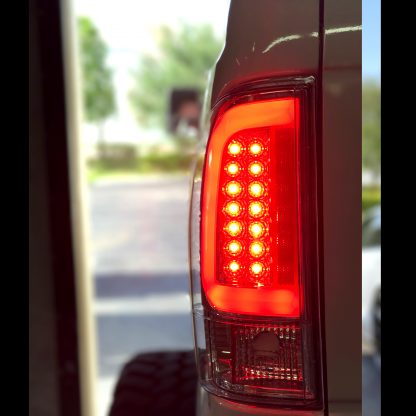 Ford F250HD/350/450/550 08-16 Super Duty Tail Lights OLED in Clear