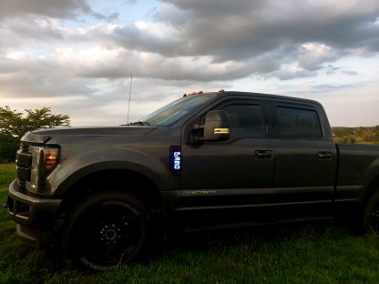 Ford F250 17-19 Illuminated Emblems Black Chrome in Blue 5