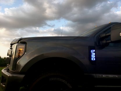 Ford F250 17-19 Illuminated Emblems Black Chrome in Blue 4