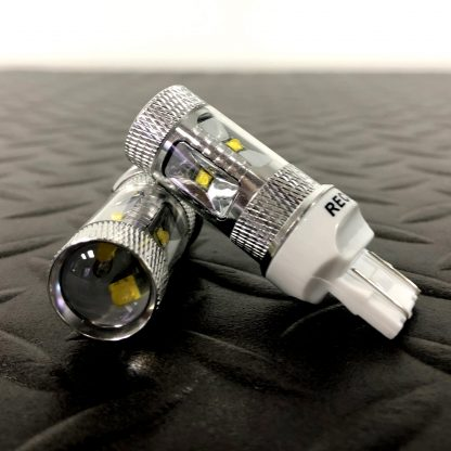 7443 (5 Extreme High Power CREE LEDs on each bulb) 360 Degree 30-Watt CREE LEDs - AMBER (Two Bulbs Per Package)
